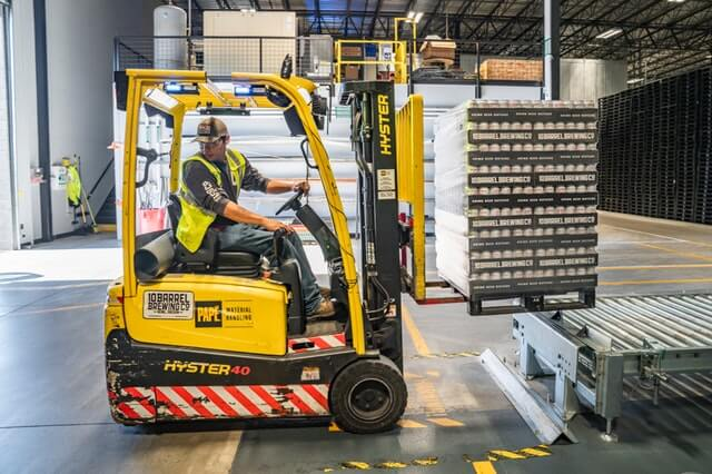 Third Party Logistics Services: Contract Warehousing Explained